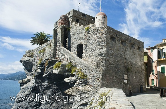 Gragonara Castle , Liguria Pictures