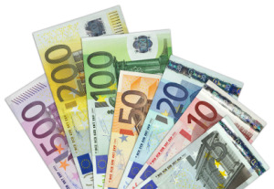 essay on euro currency Discussing euro as an international currency on studybaycom - the eu or european union entered the emu in 1999, online marketplace for students.