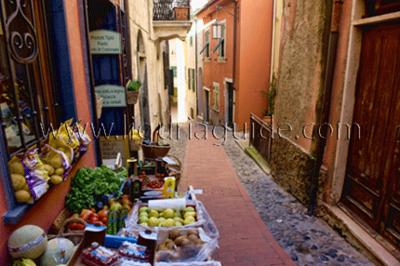Small shop in Tellaro