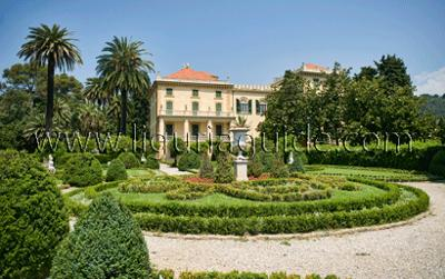 Vila Marigola grounds